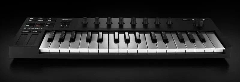 Native Instruments Komplete Kontrol M32, piccola e potente