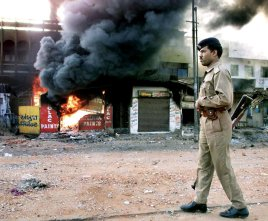 16-gujarat-riots-indiaink-superjumbo