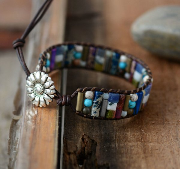 bracelet en cuir et perles en pierre naturelle