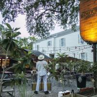 Live Music Returns to Bourrée Through October [View Schedule]
