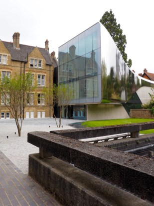 St Anthony's College - Investcorp Building