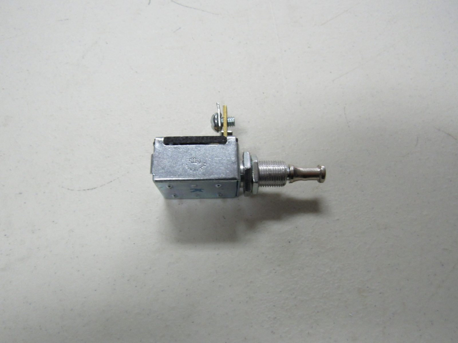 JOHN DEERE TRACTOR MAGNETO PUSH-PULL IGNITION SWITCH    9321