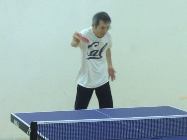 newport-beach-table-tennis-Tong-Yu-penholder-backhand