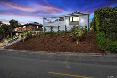 Home for Sale - 413 Catalina Drive, Newport Heights, Newport Beach, Orange County, California, 92663, United States