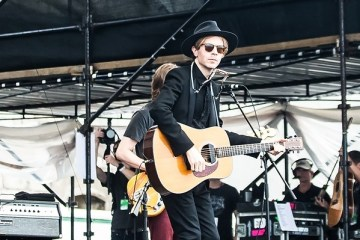 beck newport folk