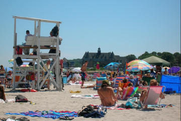 narragansett beach