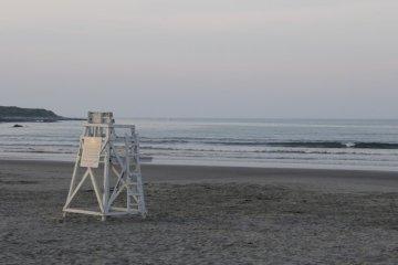 newport ri beach closure