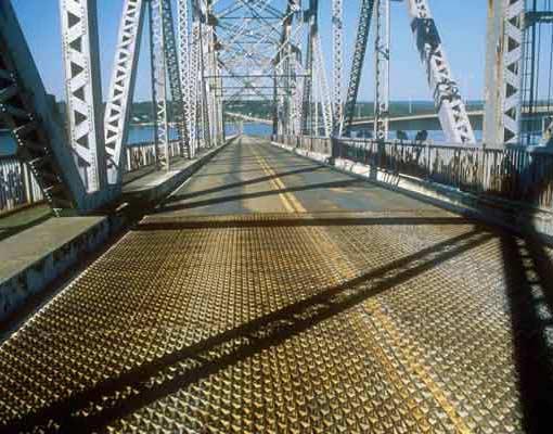 Jamestown Bridge Metal Grates
