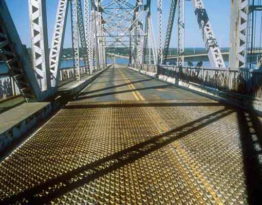 Jamestown Bridge Metal Grates