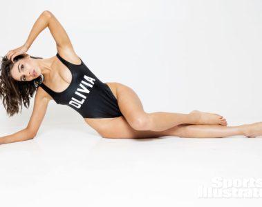 Olivia Culpo SI Swimsuit