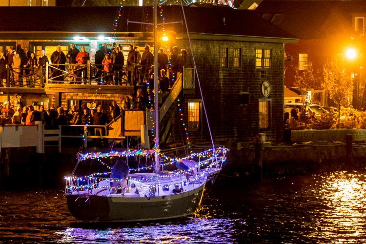 newport-boat-parade