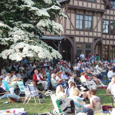 Picnics & Pops: In Tune With Live Music