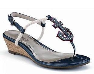 Fashionable Fourth Footwear