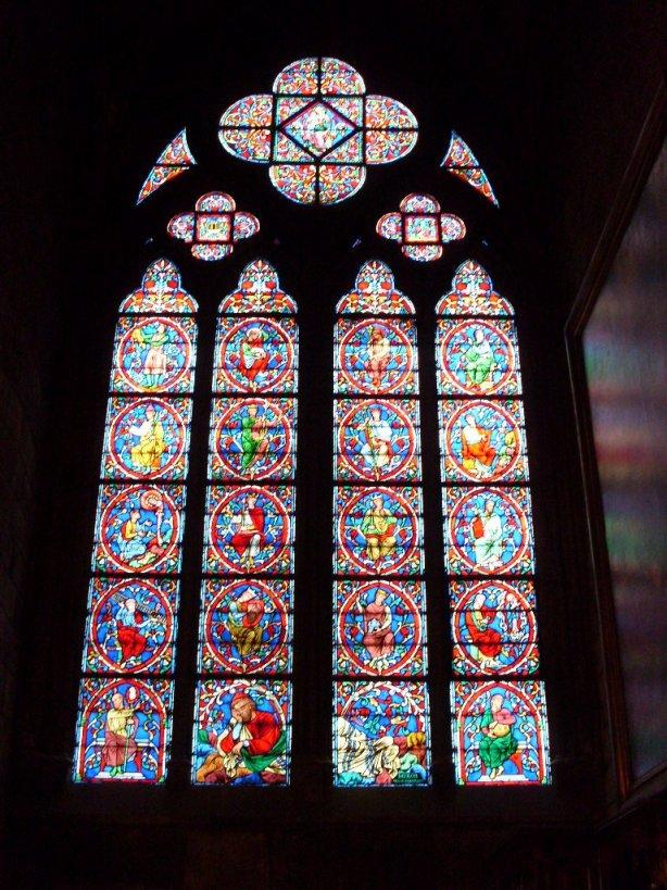 """Vitrais da Catedral de Notre Dame"" po Bruno Kadesh"