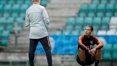 Photo of فان دايك يُعبر عن إحباطه لرحيل كومان إلى برشلونة