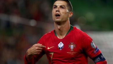 Photo of صور – رونالدو يدعم منتخب البرتغال أمام السويد