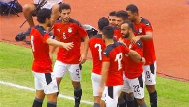 Photo of 8 لاعبين من الأهلي و5 من الزمالك.. مفاجآت بالجملة في قائمة منتخب مصر الرسمية