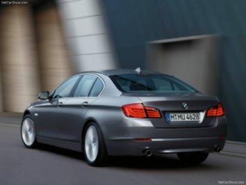 BMW-5-Series_2011_03