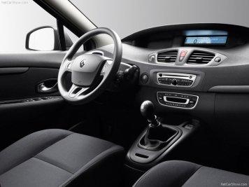 Renault Scenic 02