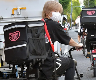 【画像あり】手越祐也がシングルマザー救済活動、自転車でお弁当を配達