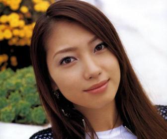 【画像あり】元モーニング娘。飯田圭織、イメージがらり 3カ月ぶり投稿でショートヘア姿「似合う」「ロングもいいけど短いのもいい」