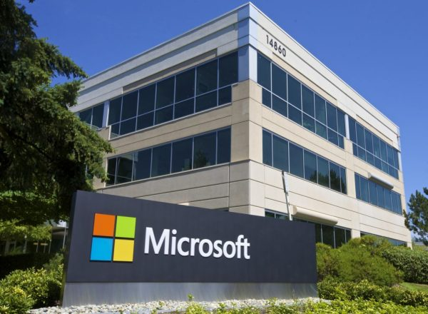 Microsoft 365 Services Go Down, Xbox, Windows 10 Activation Also Affected