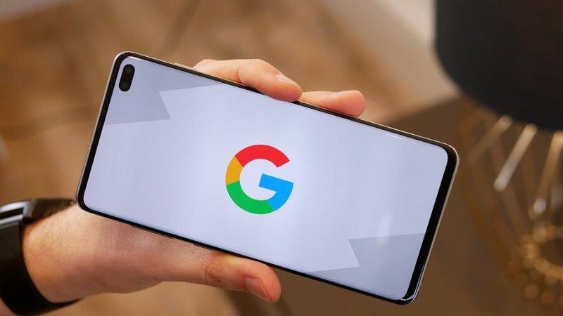 В сеть утекли первые фотографии с Google Pixel 4