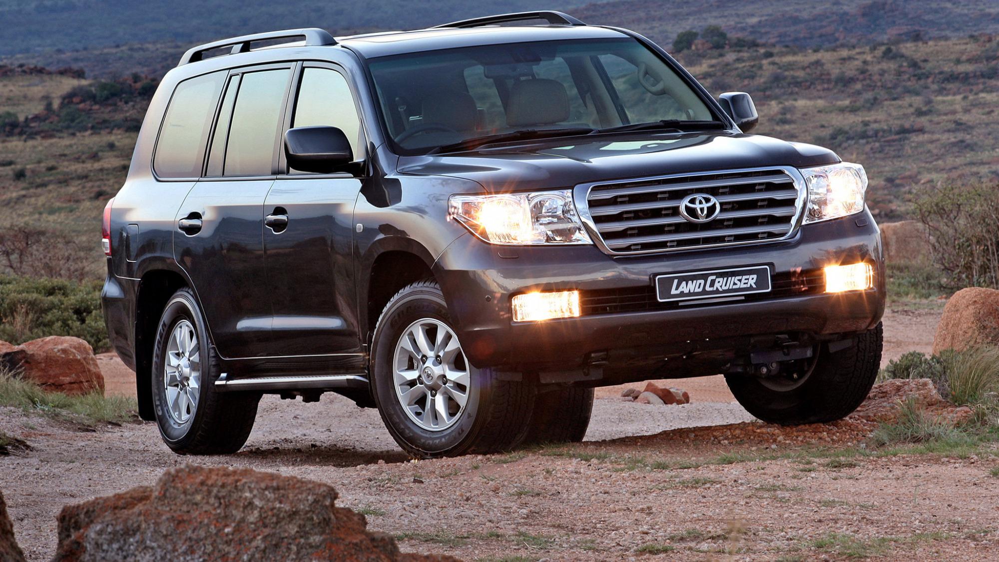 Статистика: Toyota Land Cruiser 200: им владеют дольше всего