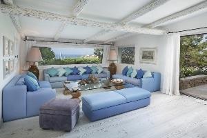Villa Ortensia è una villa di lusso di Jacques Couelle