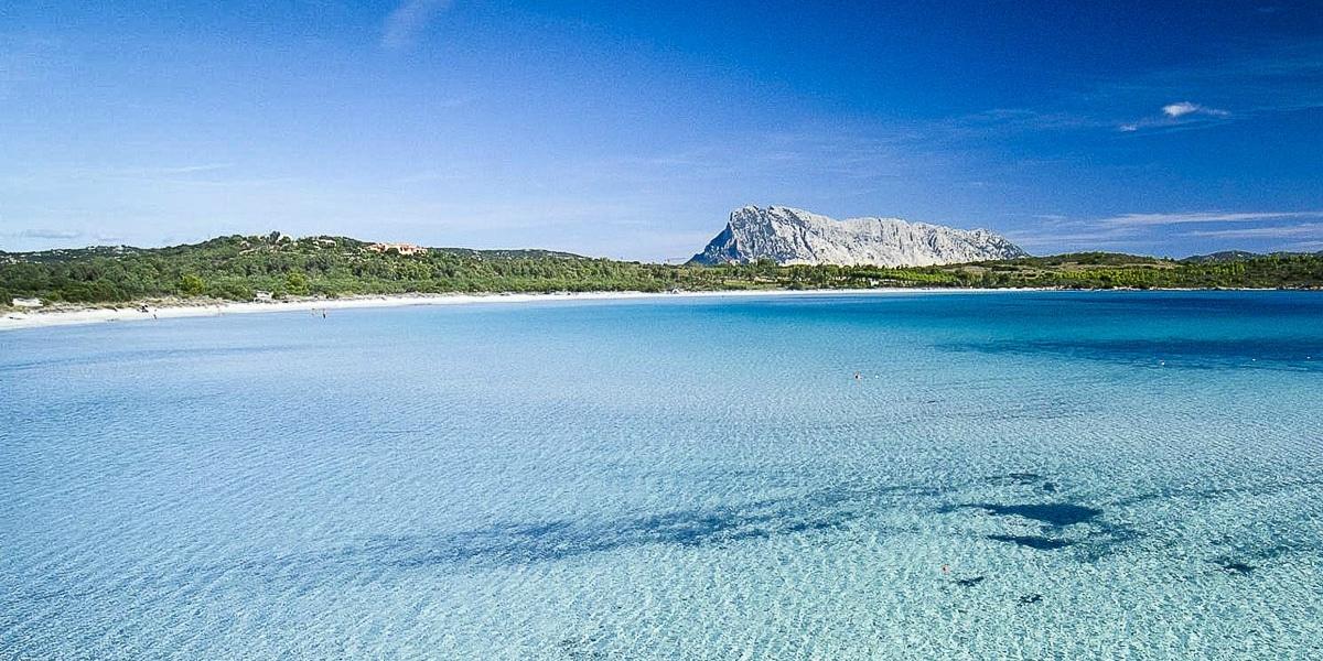 Luxury homes for Sardinia holidays