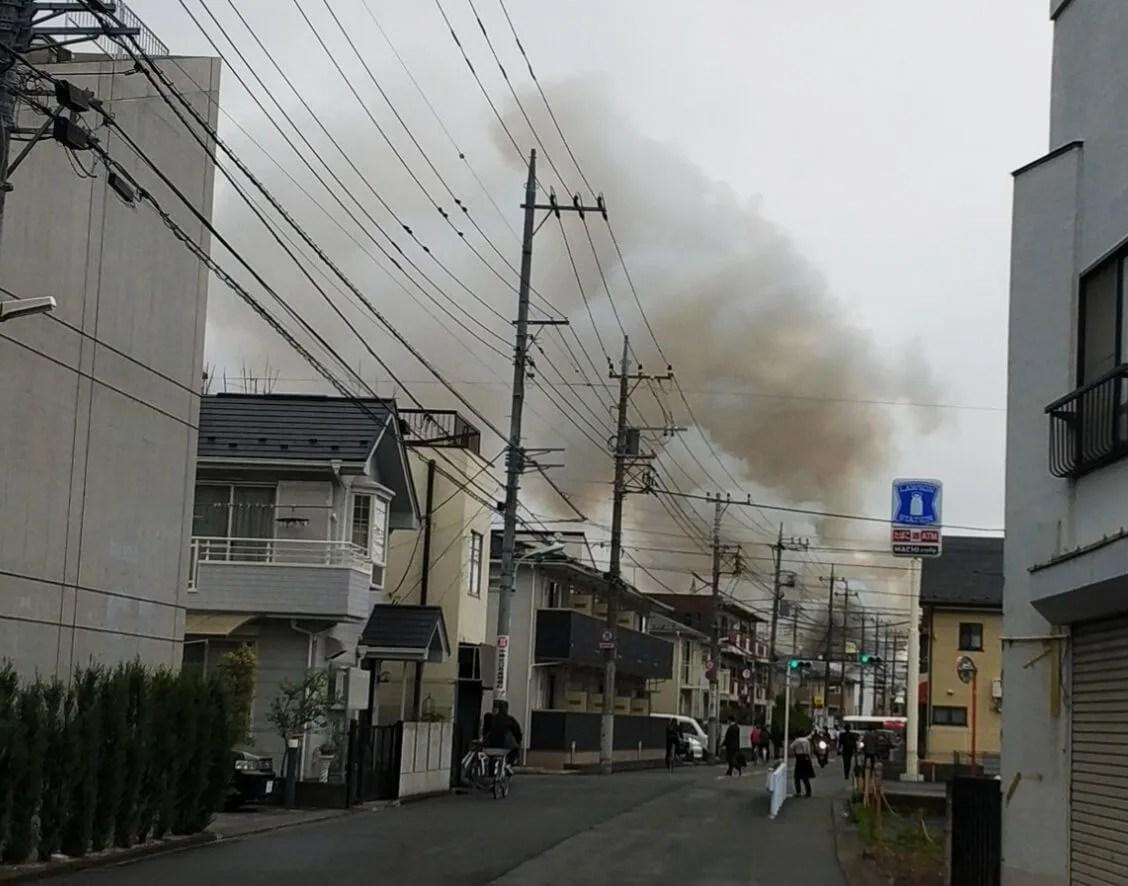 東京都昭島市中神町の給食たなべの火災