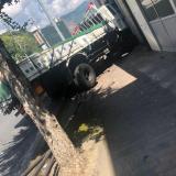 ユニクロ佐世保大塔店付近でトラックが民家に突っ込む事故