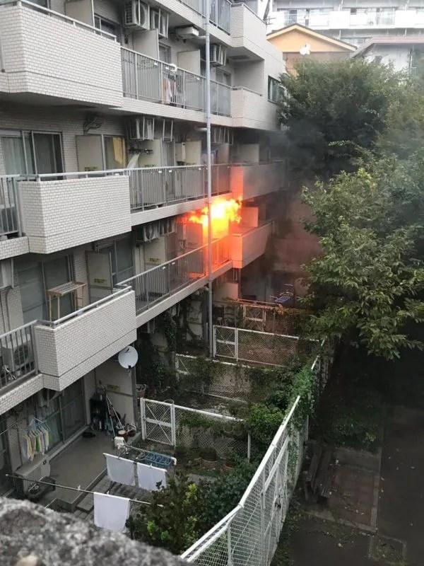 東京都板橋区前野町6丁目のマンションで火事