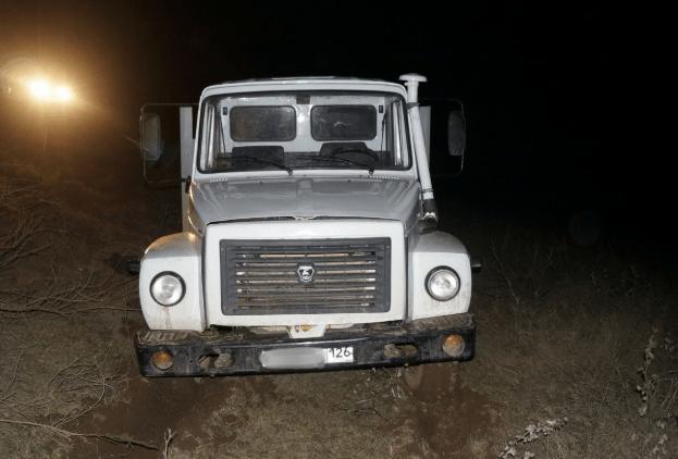 Полицейские вернули жителю села Арзгир угнанный грузовик