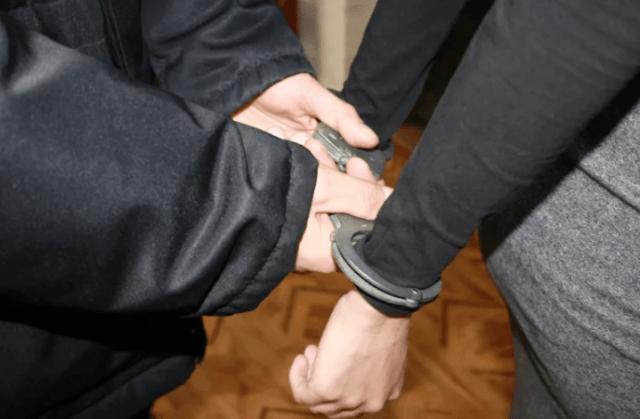 В Лермонтове полицейскими задержан подозреваемый в серии квартирных краж