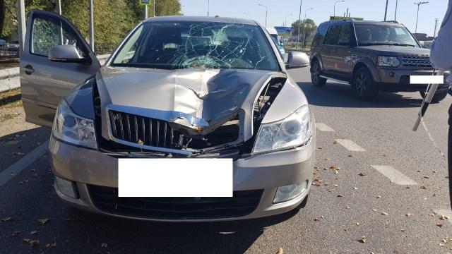 Переходившую дорогу на красный свет пенсионерку насмерть сбила иномарка в МинВодах