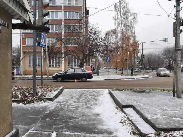 В Железноводске на «зебре» под колеса «Гранты» попал школьник