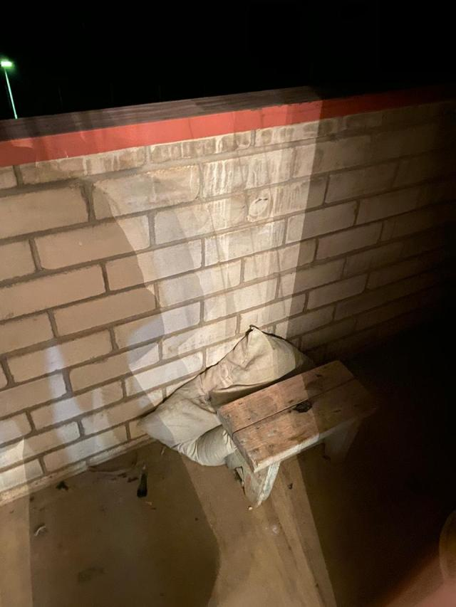 Подросток скончался в реанимации после падения с балкона многоэтажки в Буденновске