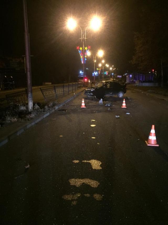 Пьяный водитель внедорожника, скрываясь от полиции, устроил крупную аварию в Пятигорске