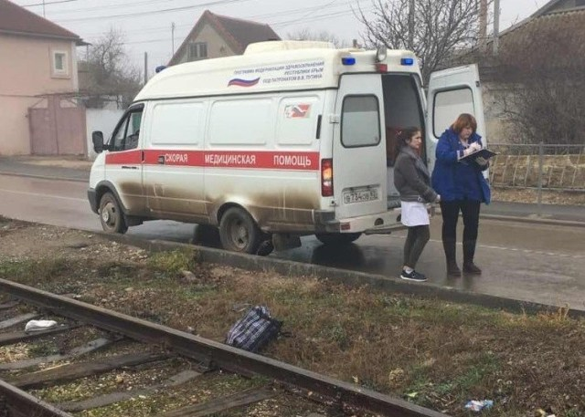 Поезд насмерть сбил перебегавшего через рельсы человека под Сочи
