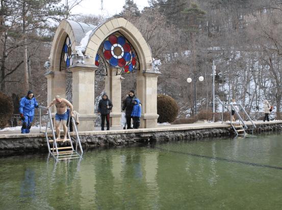 Крещенские купания проходят в Кисловодске