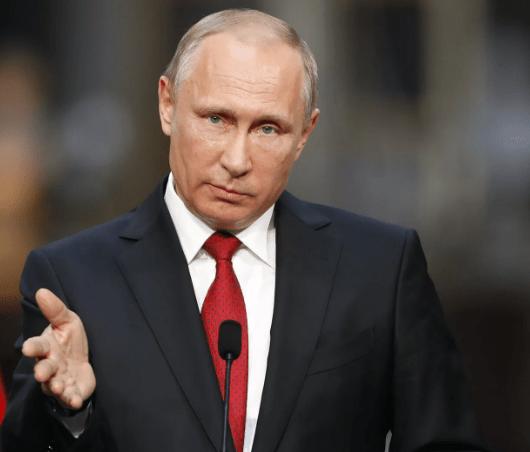 Путин поручил Генпрокуратуре следить за применением закона об иноагентах