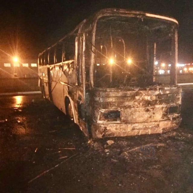 Пассажирские автобусы сгорели на станции ТО на Кубани