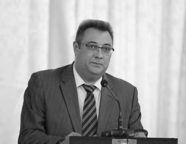 В возрасте 42 лет внезапно умер управделами Думы Пятигорска