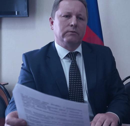 В Пензе глава районной администрации напал на журналиста после собрания