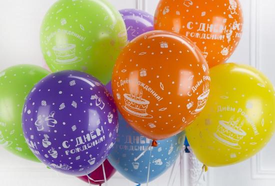 В Забайкалье полицейский избил учительницу, которая помешала ему лопать воздушные шарики