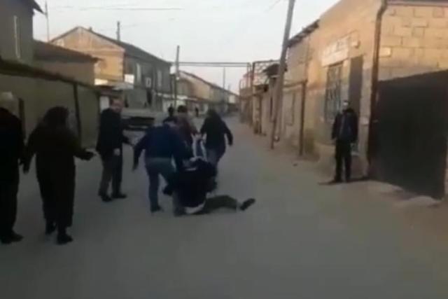Самосуд над нагадившим на чужую могилу мужчиной устроили в Дагестане