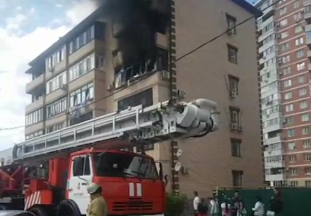 Взрыв произошел в многоквартирном жилом доме в Краснодаре