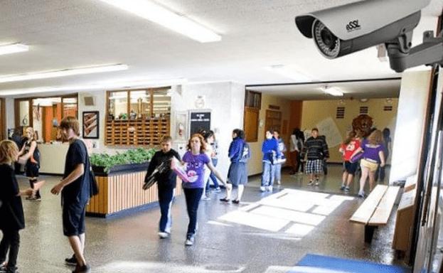 Камеры с функцией распознавания лиц установят во всех школах России