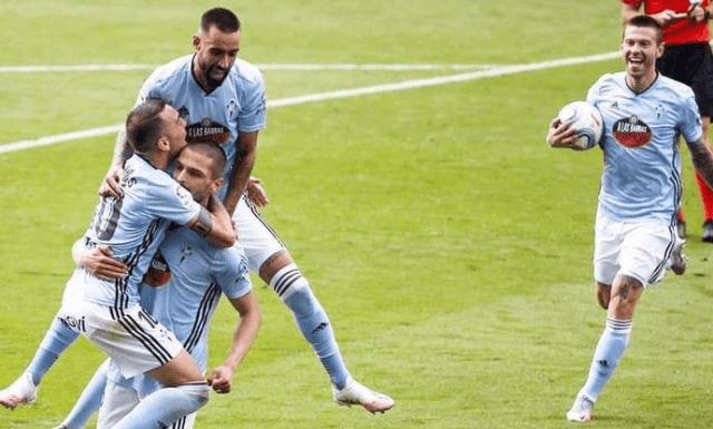 «Можно заканчивать карьеру»: реакция на гол Смолова «Барселоне»